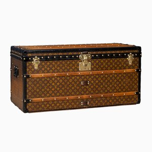 20th Century Courier Trunk in Monogrammed Canvas from Louis Vuitton, France, 1910s