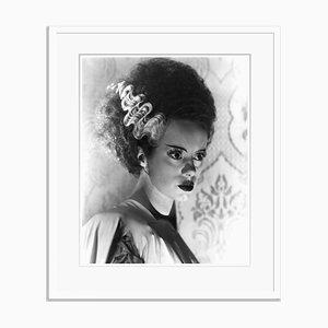 The Bride of Frankenstein Archival Pigment Print in Weiß von Everett Collection gerahmt