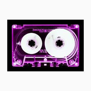 Tape Collection, Pinke Kassette, Zeitgenössische Pop Art Farbfotografie, 2017