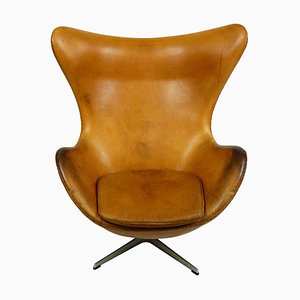 Cognac Leather Model 3317 Egg Chair by Arne Jacobsen for Fritz Hansen