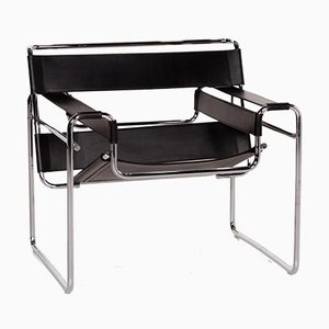 Wassily Black Leather Armchair by Marcel Breuer for Knoll International