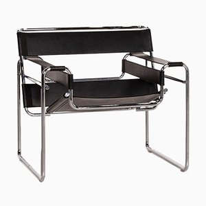 Wassily Black Leather Chair by Marcel Breuer for Knoll International