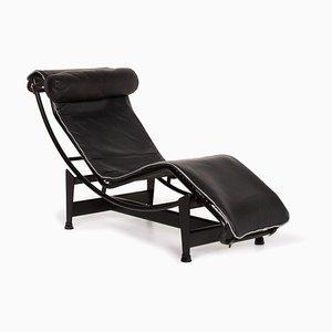 Le Corbusier LC 4 Black Leather Lounger from Cassina