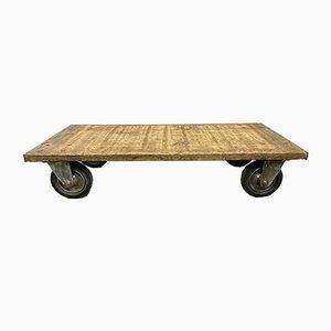 Tavolino da caffè industriale su ruote, anni '60