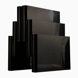 Portariviste nero a forma di Duomo Milan Kartel