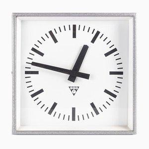 Pragotron C 301 Clock