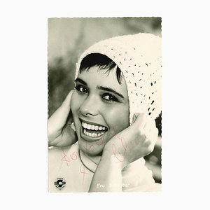 Unknown - Autographed portrait of Eva Schreiber - Vintage b/w Postcard - 1958