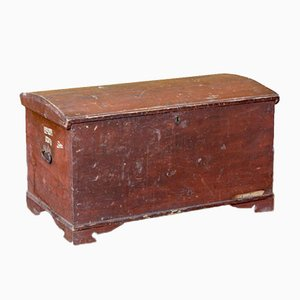 Red Ship Trunk
