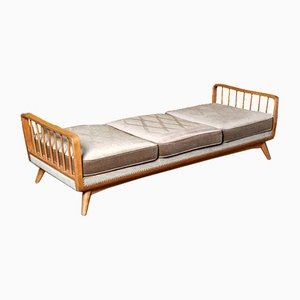 Daybed in the style of Wilhelm Knoll