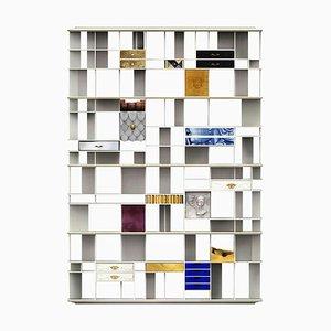 Librería de madera lacada