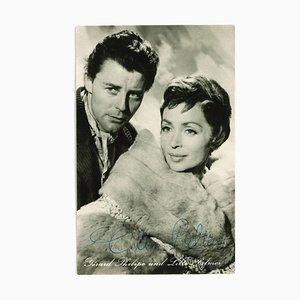 Sconosciuto - Autograph Portrait of Gérard Philippe and Lilli Palmer - B / W Postcard - 1960s