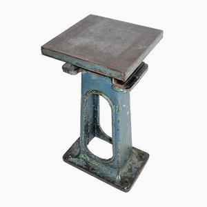 Kleiner industrieller Gusseisen Tisch