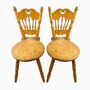 Antike dreibeinige Esszimmerstühle, 20. Jahrhundert, 2er Set
