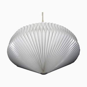 Dänische 902 Deckenlampe von Kaare Klint für Le Klint, 1960er