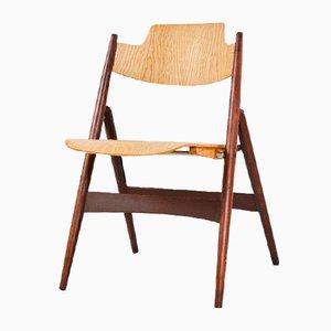 Klappbarer Stuhl aus Holz