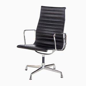 Sedia da ufficio EA112 di Charles & Ray Eames