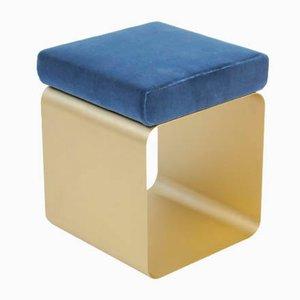 Taburete con asiento satinado, estructura de latón pintado y cojín de terciopelo acolchado de Accardibuccheri