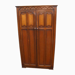2+Door Oak Wardrobe with Linen Fold Detail, 1960s