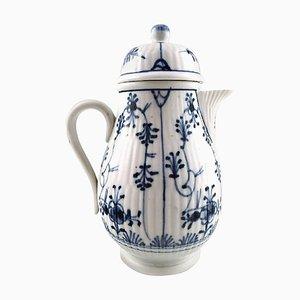 Blauer geriffelter deutscher Mokka Krug aus Porzellan, 19. Jahrhundert
