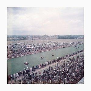 Chantilly Racecourse, Großer gestufter Kunstdruck von Limited Edition, 1956/2020
