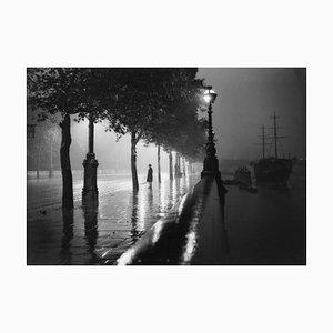 Stampa Rainy Embankment argentata, 1929