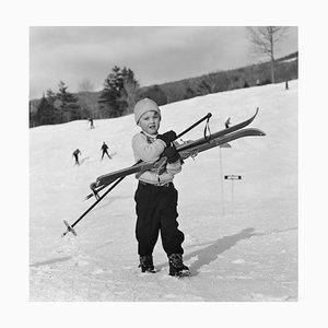 Slim Aarons, Ski Starter, limitierte Auflage T-Shirt Druck Druck, 1955, später bedruckt