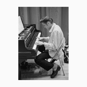 Stampa Elvis al piano, argento, 1956, Printed Later