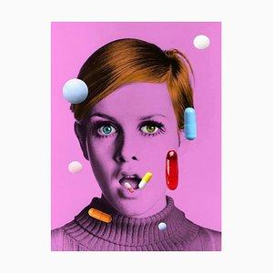 The Drugs Do not Work II, Oversize Signierte Limitierte Auflage Pop Art Print of Twiggy, 2021