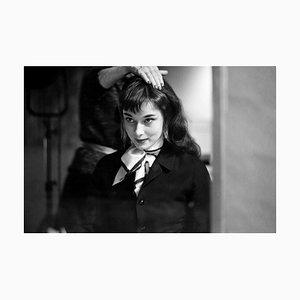 Audrey Gets Her Hair Done, Silber Gelatinefaser Druck, 1952 Übergröße