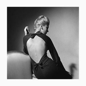 Fotografía elegante de señora, edición limitada, grande de plata con estampado de gelatina, 1962