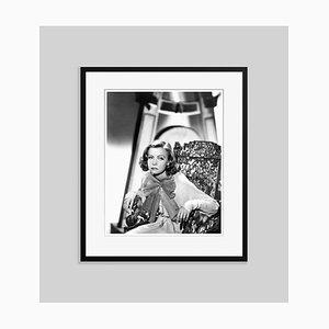 Schwarz Lackierter Archivierter Kunstdruck von Greta in Schwarz von Everett Collection