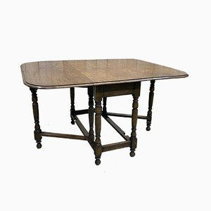 English Oak Gateleg Folding Dining Table, 1930s