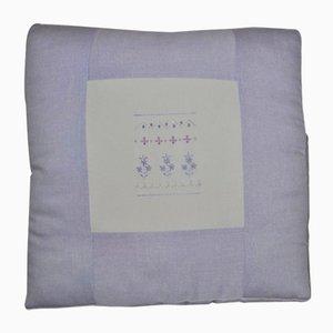 Lavendelfarben gemustertes Vintage Kissen