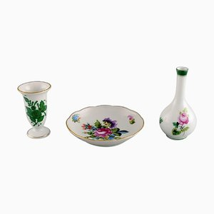 Small Vases and Small Dish in Hand-Painted Porcelain from Herend, 1980s