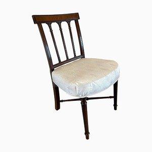 Geschnitzter Beistellstuhl oder Schreibtischstuhl aus Mahagoni, 18. Jh