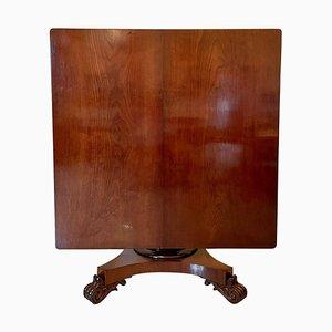 Großer Tisch aus dem 19. Jahrhundert