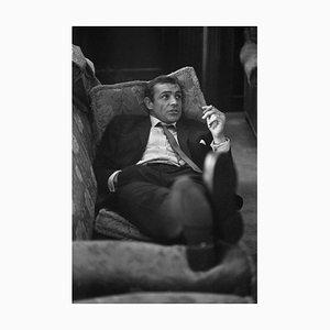 Scotty Sexy, Impression en Résine de Gélatine Argentée, Encadrée en Noir par Bob Haswell