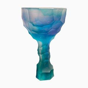 Bicchiere in cristallo blu scultoreo di Alissa Volchkova