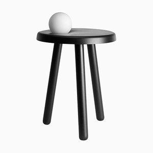 Mesa pequeña Alby en negro con lámpara de Matteo Fiorini