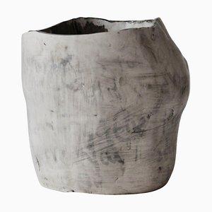 Jarrón Amorphia L de Lava Studio Ceramics