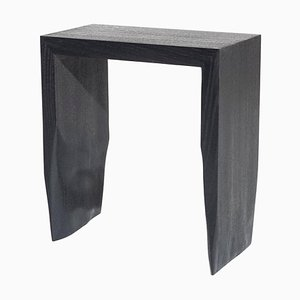 Taburete ennegrecido en negro de Robin Berrewaerts