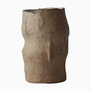 Jarrón Amorphia de Lava Studio Ceramics