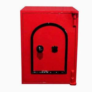 Roter Vintage Safe von Edwin Cotterill
