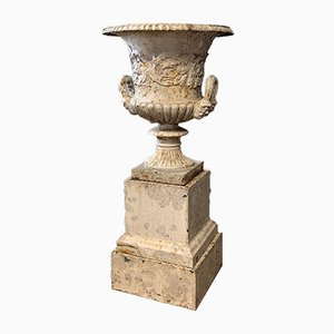 Antique Cast Iron Garden Urn from Handyside, 1800s