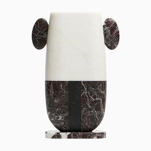Vaso Pietro in marmo di Matteo Cibic