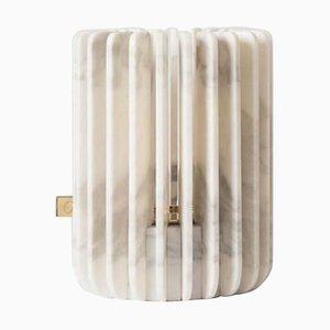 Calacatta Orion Kerzenhalter von Dan Yeffet