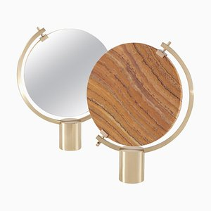 Specchio da tavolo Naia in travertino giallo di Ctrlzak