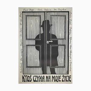 Jerzy Flisak, Jemand in den Schatten in meinem Leben lauernd, Vintage Poster von George Flisak, 1975