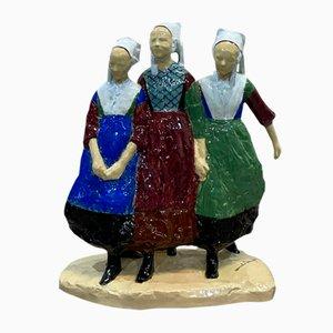 Vintage 'Three Girls of Plougastel' Figurine von Armel Beaufils