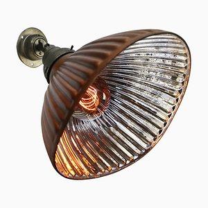 Industrielle Mid-Century Wandlampe aus Silberglas, Messing & Gusseisen von Helioray